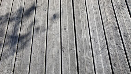 Using 2nd Hand Floorboards For a Deck is Bad